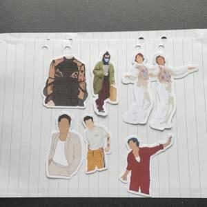 Dessa är dom nya modellerna som jag börjat göra på stickers, det går fortfarande att köpa dom som finns på tidigare annonser. 10-20kr st beroende på storlek! Hör gärna av er vid frågor 💓