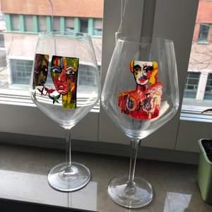 Rödvinsglas 300:- för båda