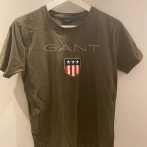 Fin gant t-shirt som är oanvänd!