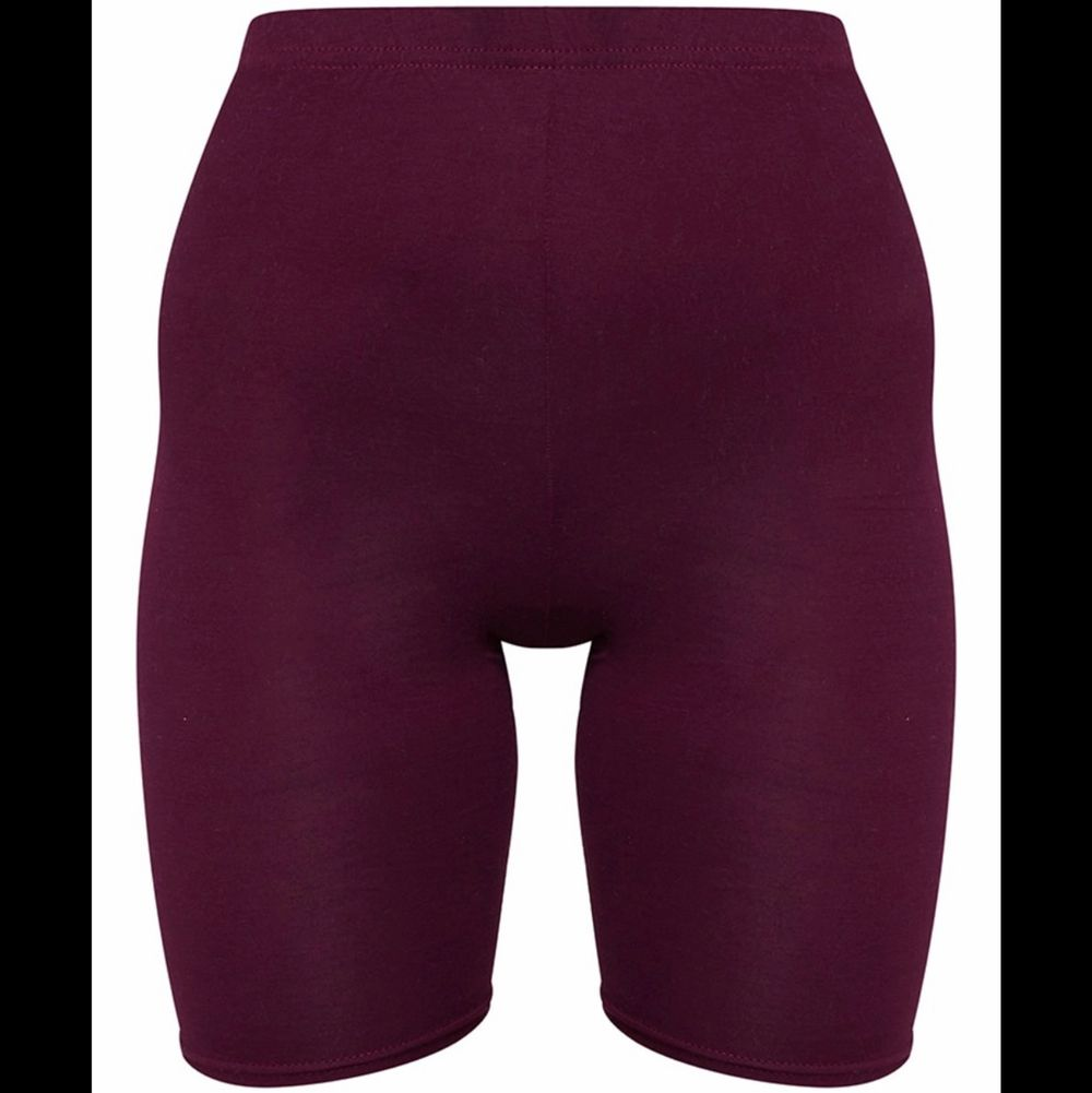 "Bought from second hand. Tag size US 6 / EU 36. ""bike shorts are an essential for the new season and we are loving this basic style. Featuring a maroon jersey material, team them with a maroon hue cropped sweater for a look we're loving."" No holes, tears, rips, stains, fading. Label and care instructions tags removed cuz they're itchy. Smoke and pet free storage space. No other flaws to note. Disclaimer: Please expect some general wear in all secondhand pre-owned items as they have lived a previous life, so do not expect a mint item. . Shorts."