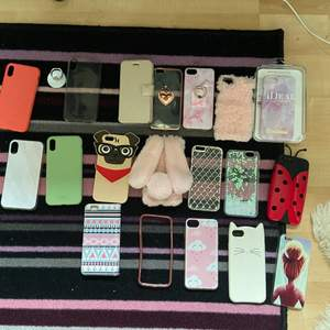 Massa iPhone skal som passar olika iPhone typer men de flesta passar iPhone 7 och  6s.   Frakt betalas av köparen 💕💕. 🚨 de kostar olika mycket men de flesta kostar runt 50kr🚨💕
