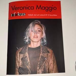 Veronica Maggio bok med ackord noter och text, nyskick