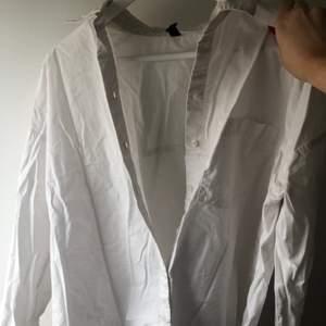 Säljer min skjorta för 50kr. Köpt från hm