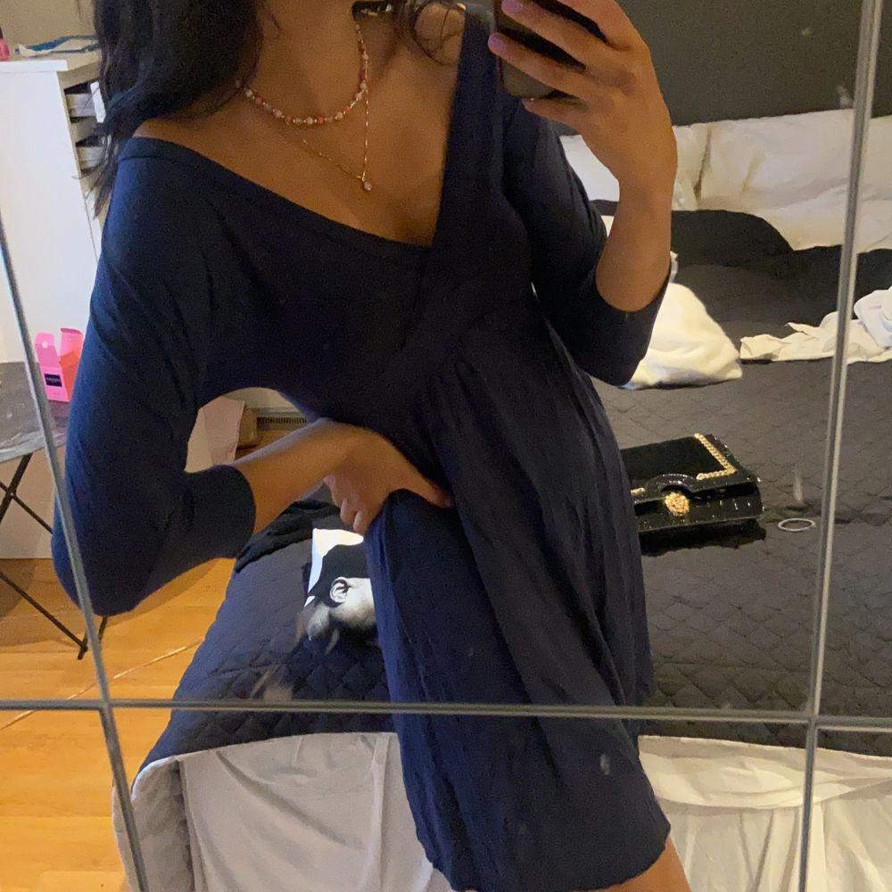 Blå klänning storlek S. Klänningar.