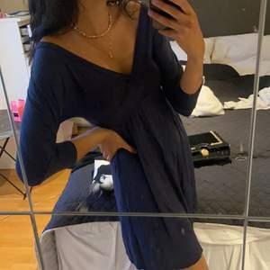 Blå klänning storlek S