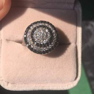 Brand new silver ring with black and clear CZ stones real silver size 7 US