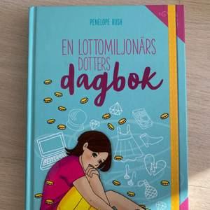 jätte bra bok till salu!! intressant och passar alla åldrar. boken är i mycket bra skickt och endast fåtal märken från vikta kanter.              Köparen står för frakten 💘💘