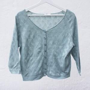 Ljusgrön bomull tröja från eko tillverkaren Maska i Gbg. Mycket fint skick.