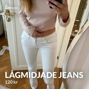 Vita lågmidjade bootcut jeans från zara, stl 38,