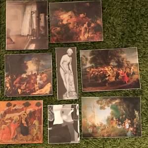 Små affischer/bilder (som jag har samlat från olika konsttidningar m.m!) Är fina och hela och säljer då jag inte längre har plats för dem. Alla säljs för 40kr eller så får man köpa var för sig mellan 5-10kr.‼️Kan gå ner i pris!!!‼️