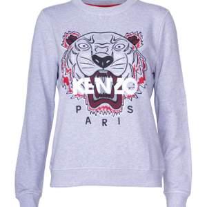 Äkta Kenzo Paris tröja i storlek S. Bra skick, köpt för 2100