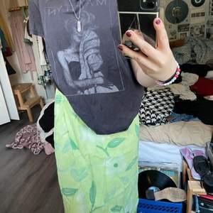 Säljer nu denna jätte coola t-shortsen ifrån hm!☺️ frakten står köparen för!