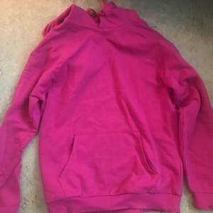 Ny hoodie xs men den passar S