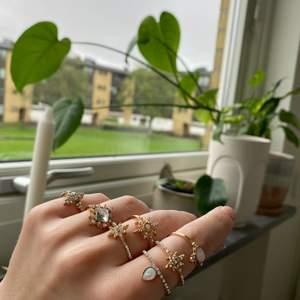 Helt oanvända ringar, 40kr st eller 100kr för 3st, finns i alla storlekar! 💕 10 kr frakt
