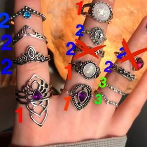 Jätte fina ringar i rostfritt stål. 1= 45kr 2=40kr 3=20kr💓 kontakta för frågor👐