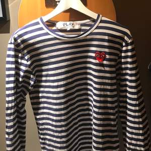 CDG tröja i bra skick. Size small