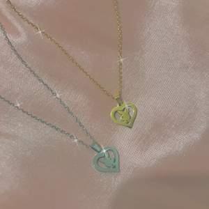 y2k playboy halsband. finns både i silver och guld. nya/oanvända. fri frakt 💞