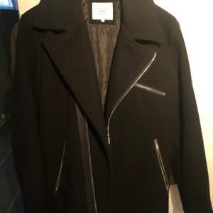 En svart jacka/rock från Jack&jones