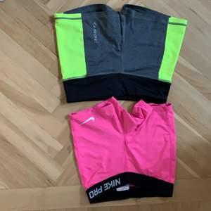 Två för en! Två hotpants för 150kr! Rosa från Nike i storlek M (kids, motsvara vanliga xs/s). Grå och gröna från soc storlek 34!🥇🤸🏼♂️🏆🩰👯👯♀️