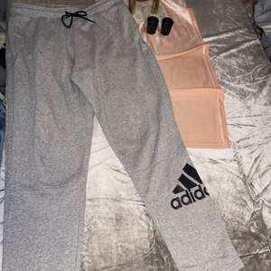 Nya Adidas byxor i strl XL