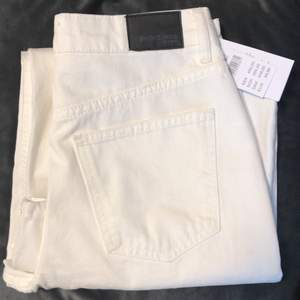 Gina Tricot Crop Wide Jeans, new. Size 36! Shipping included