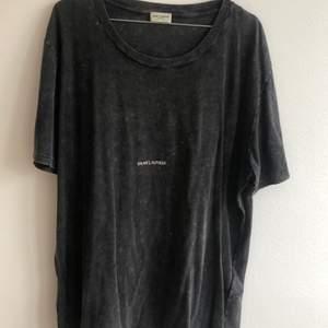 Saint Laurent t-shirt XL fits M to XL