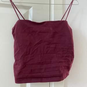 Gina linne i vinröd färg, strl S💕