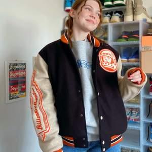 Billionairs boys club pre-spring Astro Varsity Jacket Storlek: XL ♻️  använd 2 gånger! More 🔥 items check out ins: 🗽BAT2HAND🗽
