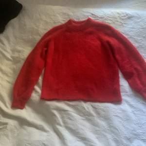 Stickad tröja från Cubus. XS men passar nog S också💕❤️