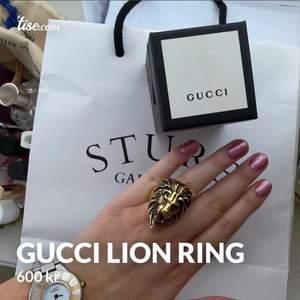 Gucci lion ring, passar 17-18 i ring stl, presentkvitto finns,