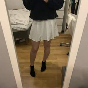 En jättefin tennis kjol som jag använt endast 1 gång