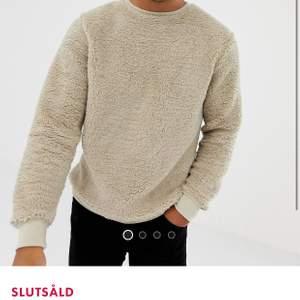 Väldigt mysig teddy  tröja, köpt på ASOS i Stl S.