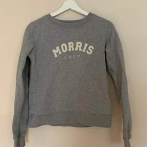 En jättefin Morris tröja som tyvärr inte kommer till användning längre😢 Är i superskick och redo att hitta ett nytt hem!💙😇