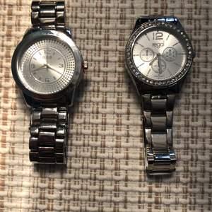 Två helt nya klockor aldrig använda 80kr st frakt tillkommer