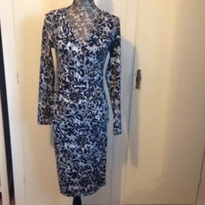 Ursnygg klänning från Kappahl! Prislapp kvar, inte ens provad.