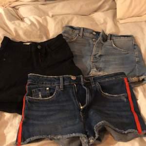 du får alla för 150, annars 60kr/shorts. skicka om du vill ha bild på en speciell :D<3