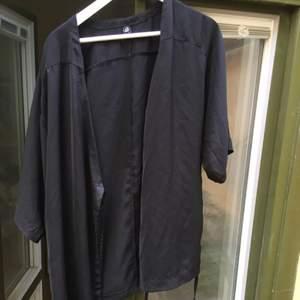 Kimono från Cheap monday storlek xs