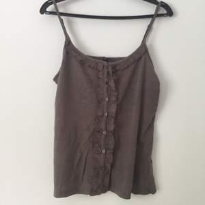 Snyggt linne i brunt från Fishbone! Priset är förhandlingsbart!
