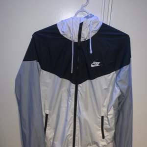 Använd Nike jacka