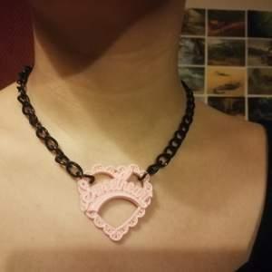Sweetheart halsband. Handgjort av mig,