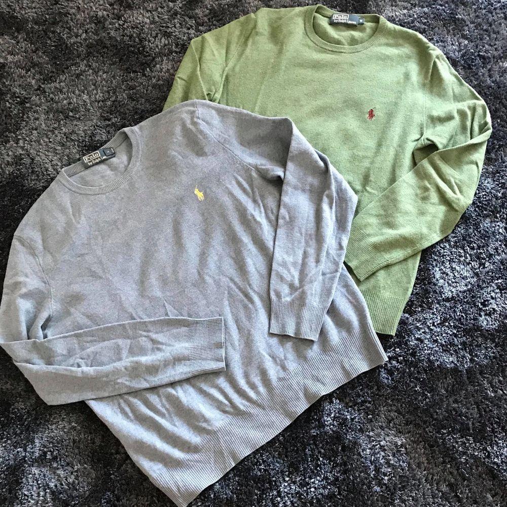 Ralph Lauren tröjor Storlekar: M Skick: 8.5/10 Färger: Blå och Grön Tyg: Merinoull Pris: 600kr st (Nypris: 1400kr st.). Tröjor & Koftor.