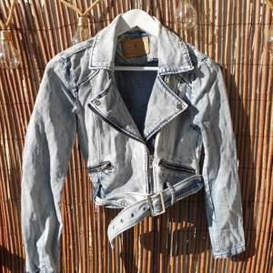 Vintage biker denim jacket - size 36