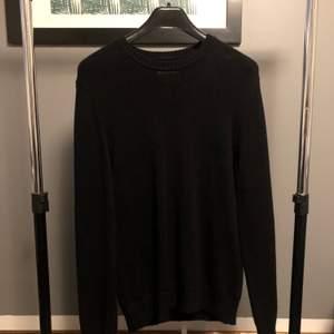 En pullover från Crocker i fint skick🙌🏼 Stl L