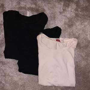 Säljer dessa tre t-shirts! Två svarta en vit. De är perfekta att använda till vardags eller träning! Köp alla tre för 50kr eller en för 20kr styck💕💕storlek passar xs/s💕💕