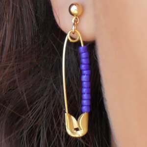 Säljer örhängen som jag gjort själv⚡️✨🧚♀️ frakt tillkommer⚡️⚡️