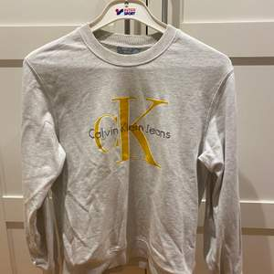 Calvin Klein tröja använt ett fåtal gånger