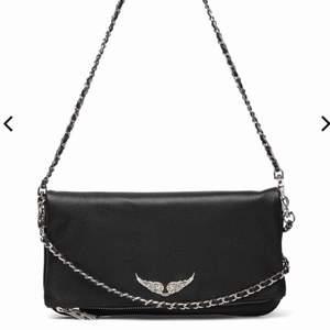 Säljer min Zadig Voltaire väska. Väskan saknar det korta bandet :( Priset kan diskuteras :)