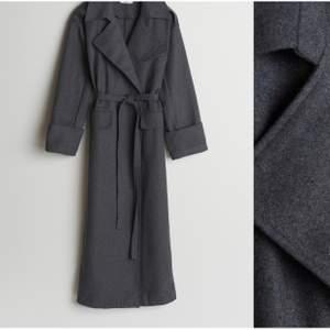 New grey Gina Tricot coat.