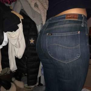 LEE flare jeans. Stretchiga passar xs/s