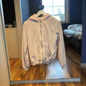 Super mysig hoodie. Lika mysig invändigt som utvändigt